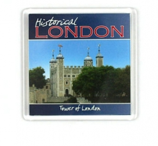 Magnet with the Tower of London